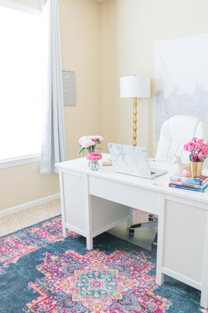 Feminine Home Office Decorating Ideas